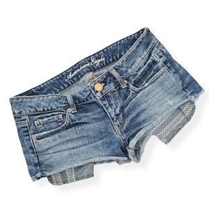 American Eagle distressed pocket detail shorts